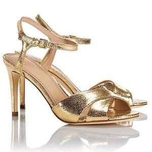 TORY BURCH Shapley Gold Sandals.